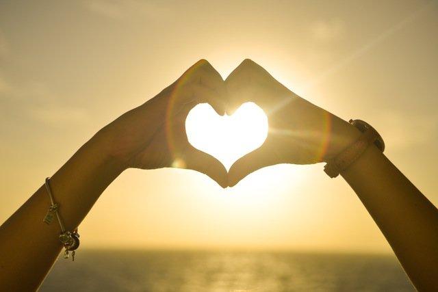 Bellas frases de amor al amanecer